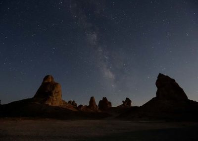 trona pinnacles moon set Milky Way